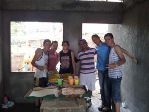 volunteer construction group