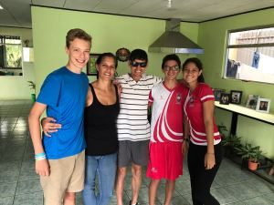 Exchange student with host family